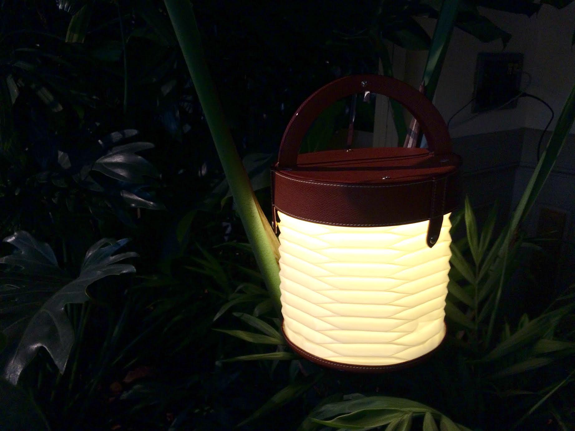 Foldable lantern by Gwenaël Nicola
