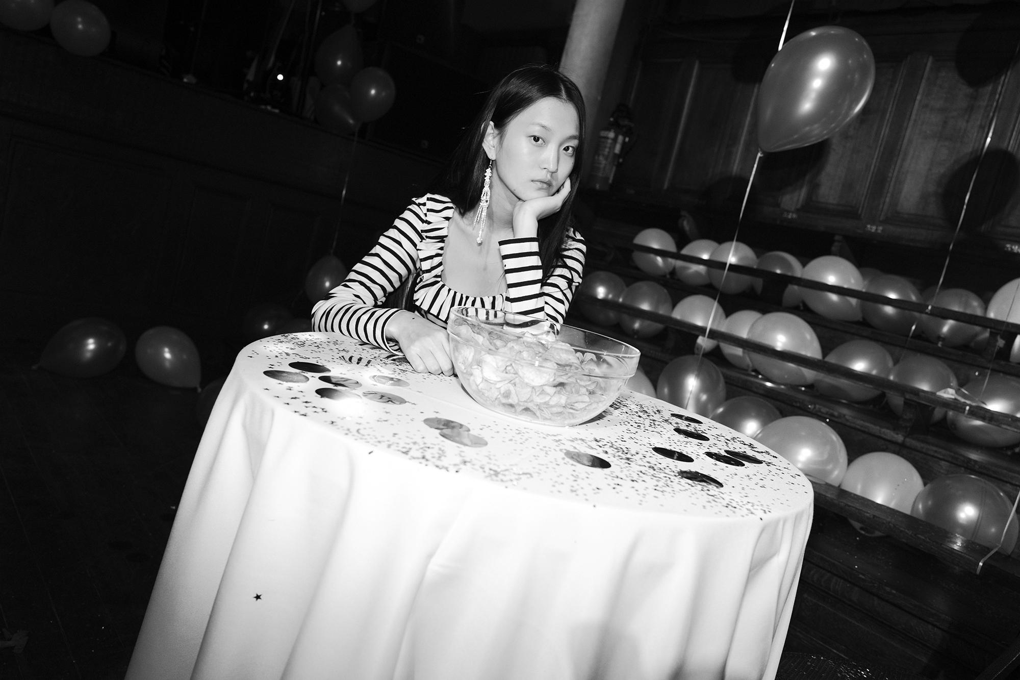 Alexa Chung prom_04.jpg