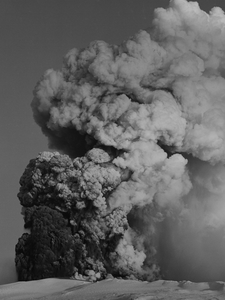 3_explosive_jiri-hronik.jpg