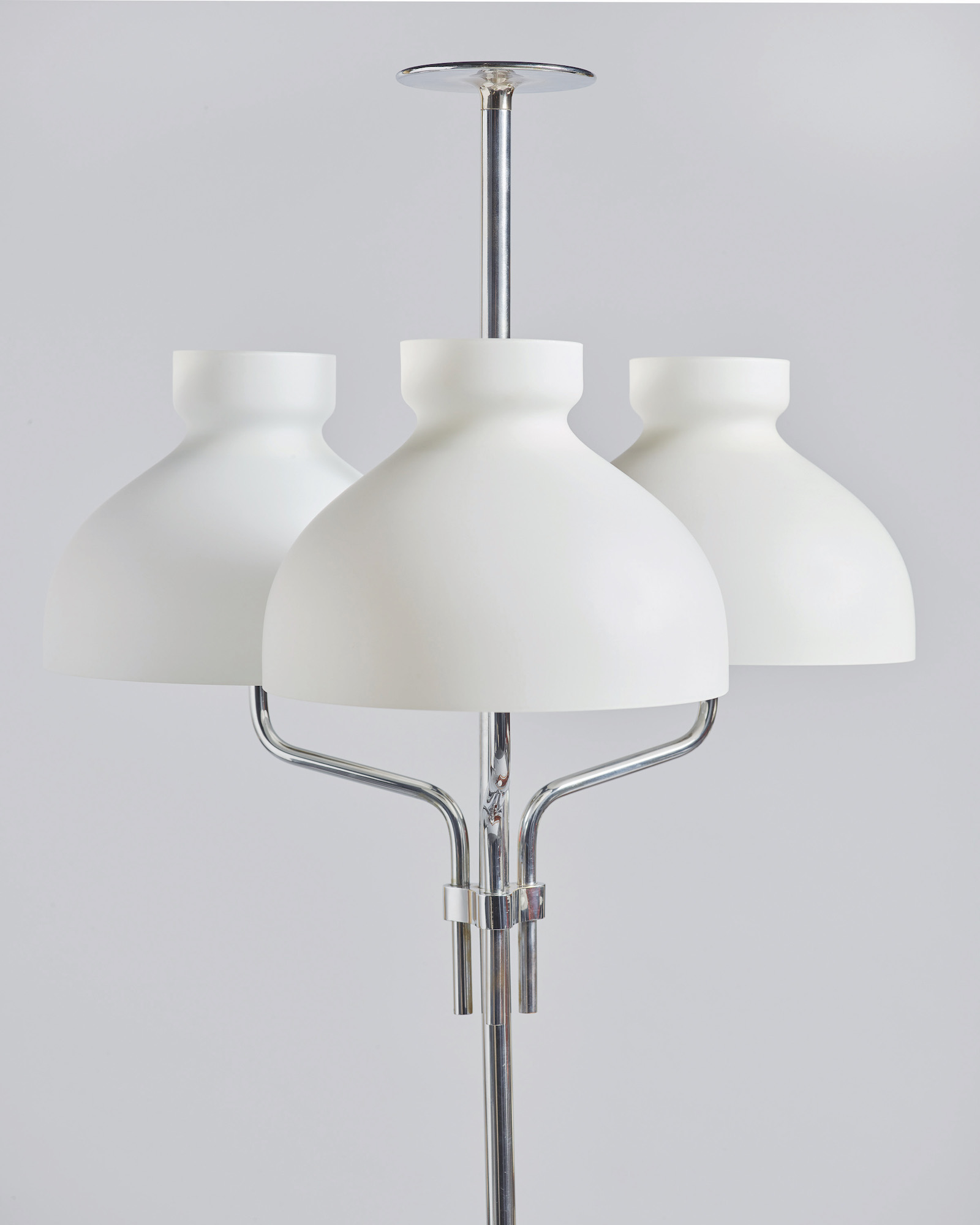 NOMAD St.Moritz_Galleria Rossella Colombari Milano_Arenzano Table Lamp_Ignazio Gardella_ph.Federico Torra.jpg