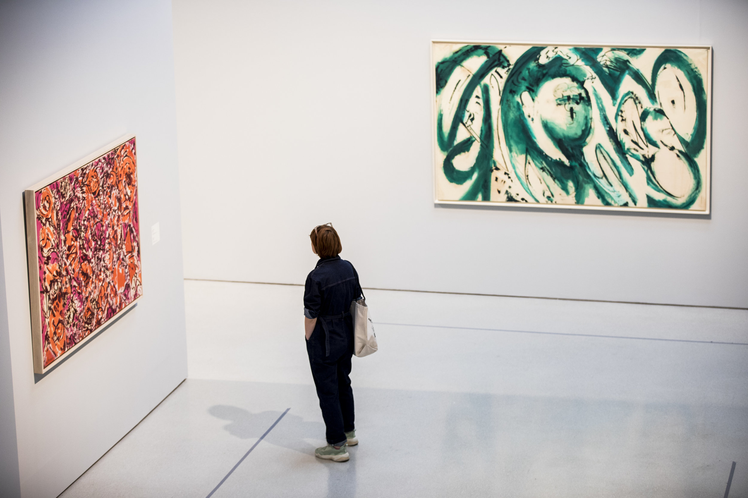 Lee Krasner: Living Colour Installation View with Chrysalis, 1964 and Portrait in Green, 1969 Barbican Art Gallery 30 May–1 September 2019 © Tristan Fewings/Getty Images