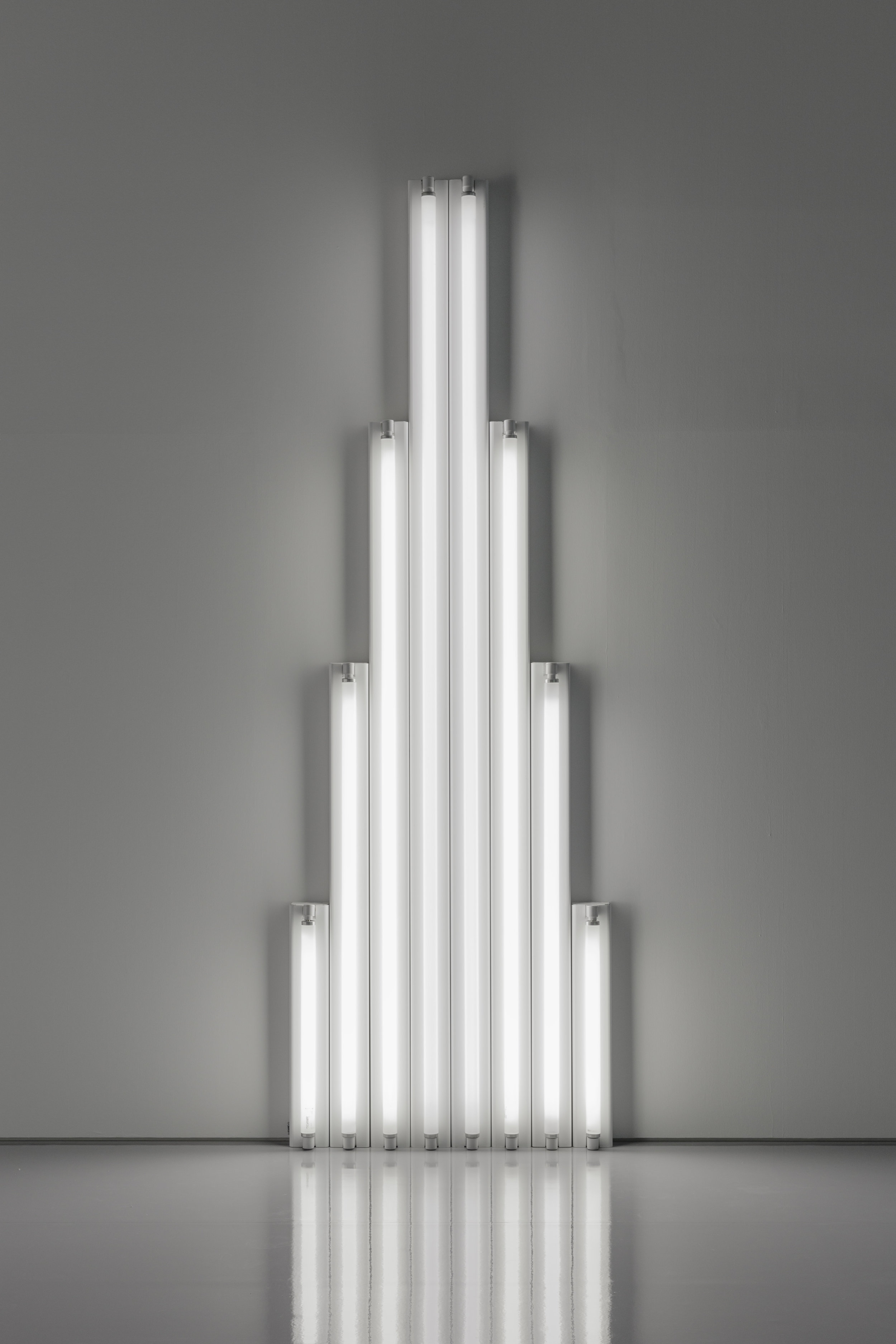 "Dan Flavin  ""Monument"" for V. Tatlin,    1964-1965  Cool white fluorescent light 244 x 80 x 7 cm Collection Fondation Louis Vuitton, Paris. © ADAGP, Paris 2019 Picture: © Louis Vuitton / Jérémie Souteyrat"