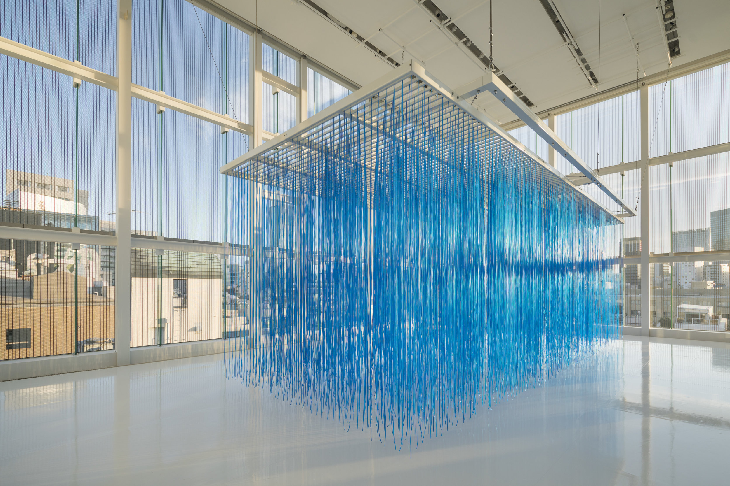 Jesús Rafael Soto  Pénétrable BBL bleu,    1999 (exhibition view at Espace Louis Vuitton Tokyo)  Painted aluminium, PVC tubes 366.5 x 1400 x 470.5 cm Collection Fondation Louis Vuitton, Paris. © Adagp, Paris 2019 Picture: © Jeremie Souteyrat / Louis Vuitton