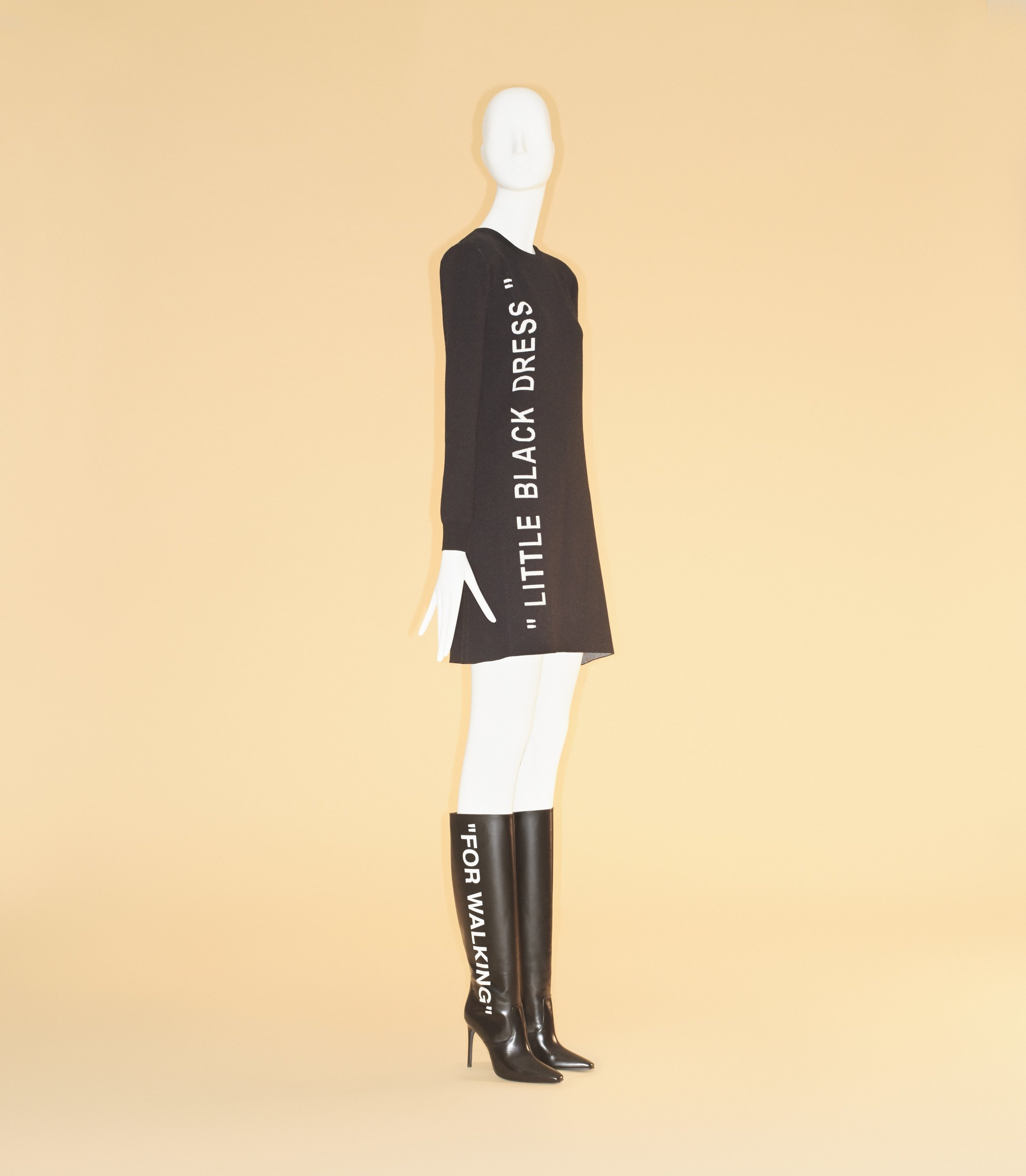Ensemble, Virgil Abloh (American, born 1980) for Off-White c/o Virgil Abloh (Italian, founded 2013), pre-fall 2018; The Metropolitan Museum of Art, Gift of Virgil Abloh c/o Off- WhiteTM, 2018 (2018.585a–e). Image courtesy of The Metropolitan Museum of Art, Photo © Johnny Dufort, 2018