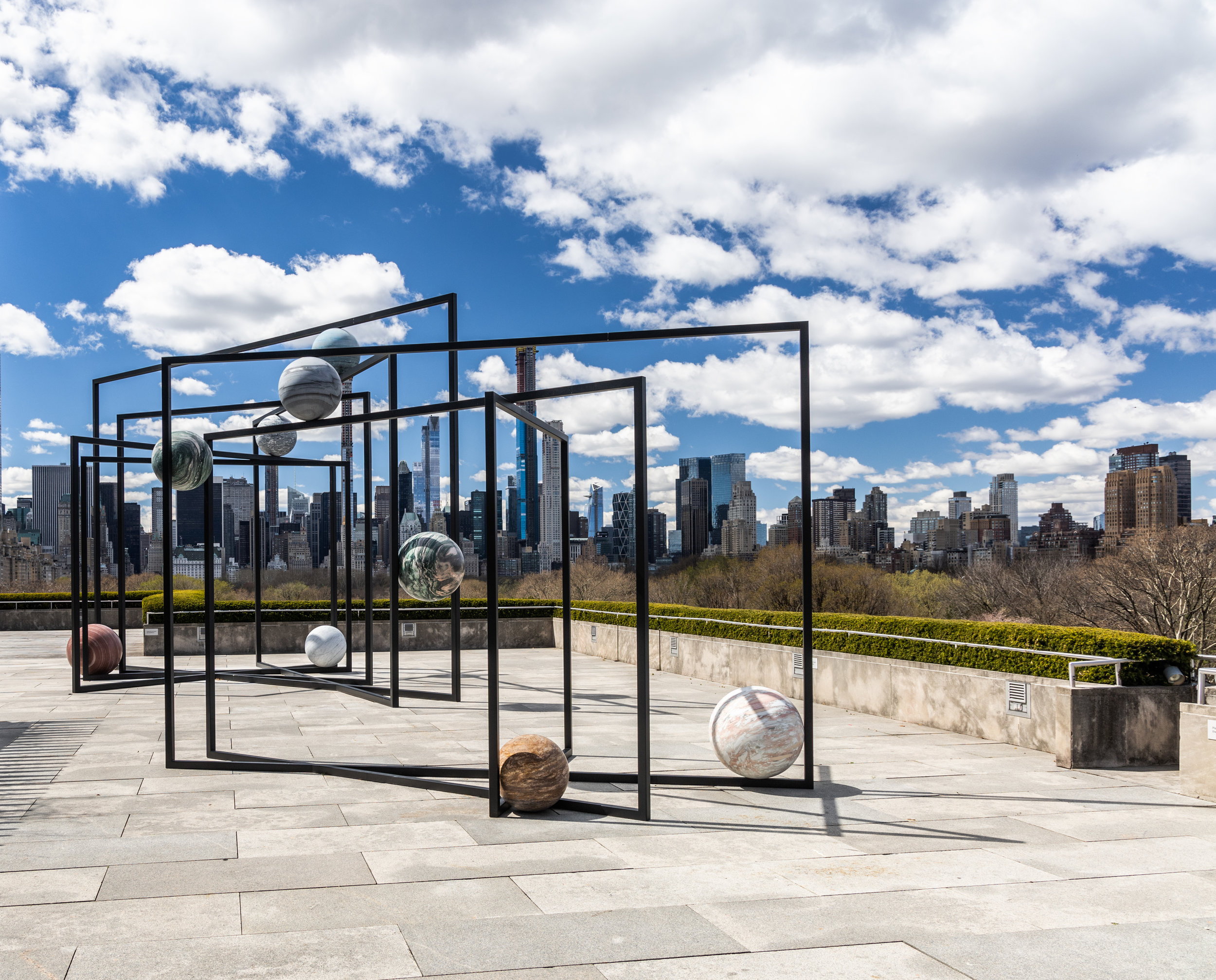 Alicja Kwade (b.1979, Poland). The Roof Garden Commission: Alicja Kwade, ParaPivot. Installation view, The Metropolitan Museum of Art, 2019. Courtesy of the artist; 303 Gallery, New York; KÖNIG GALERIE, Berlin/London; and kamel mennour, Paris/London. Image credit: The Metropolitan Museum of Art, Photograph by Hyla Skopitz