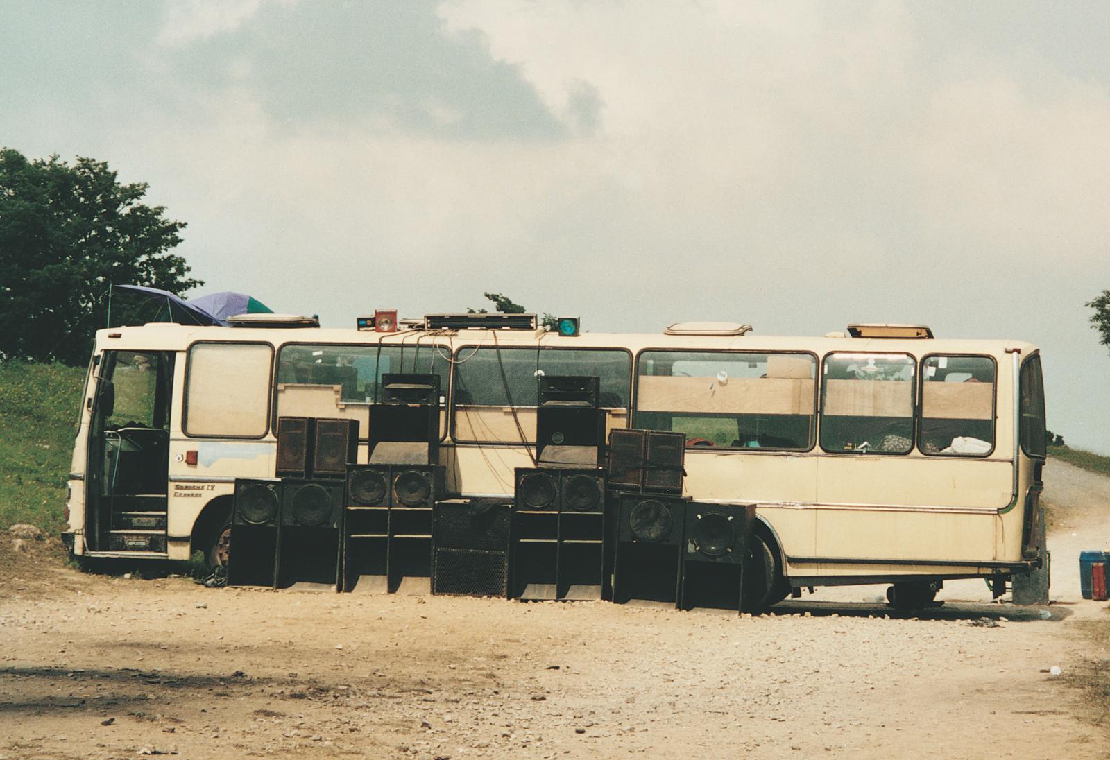 Vinca Petersen: Bus and Rig