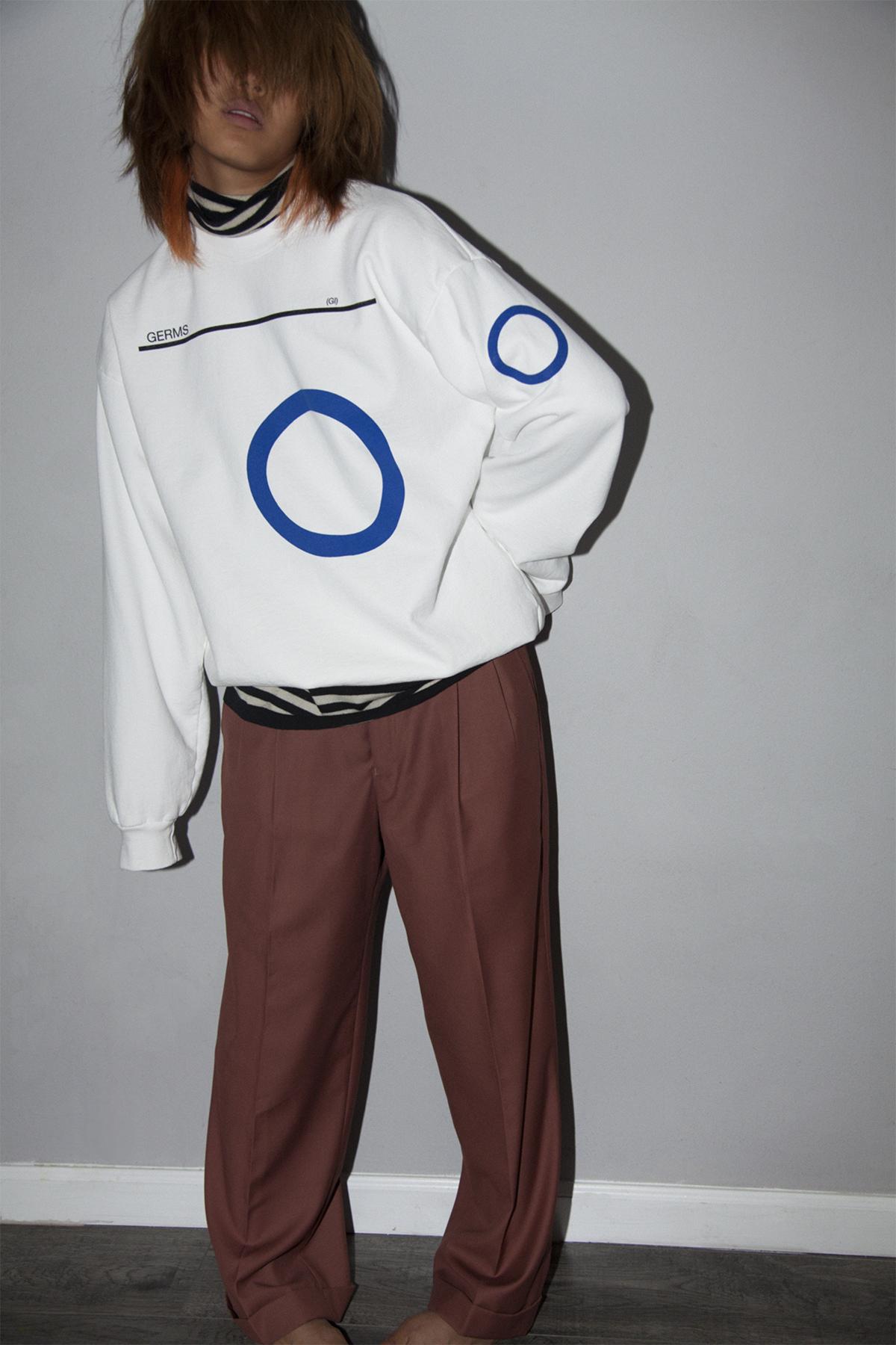 2_White GI_sweater_lifestyle_100.jpg