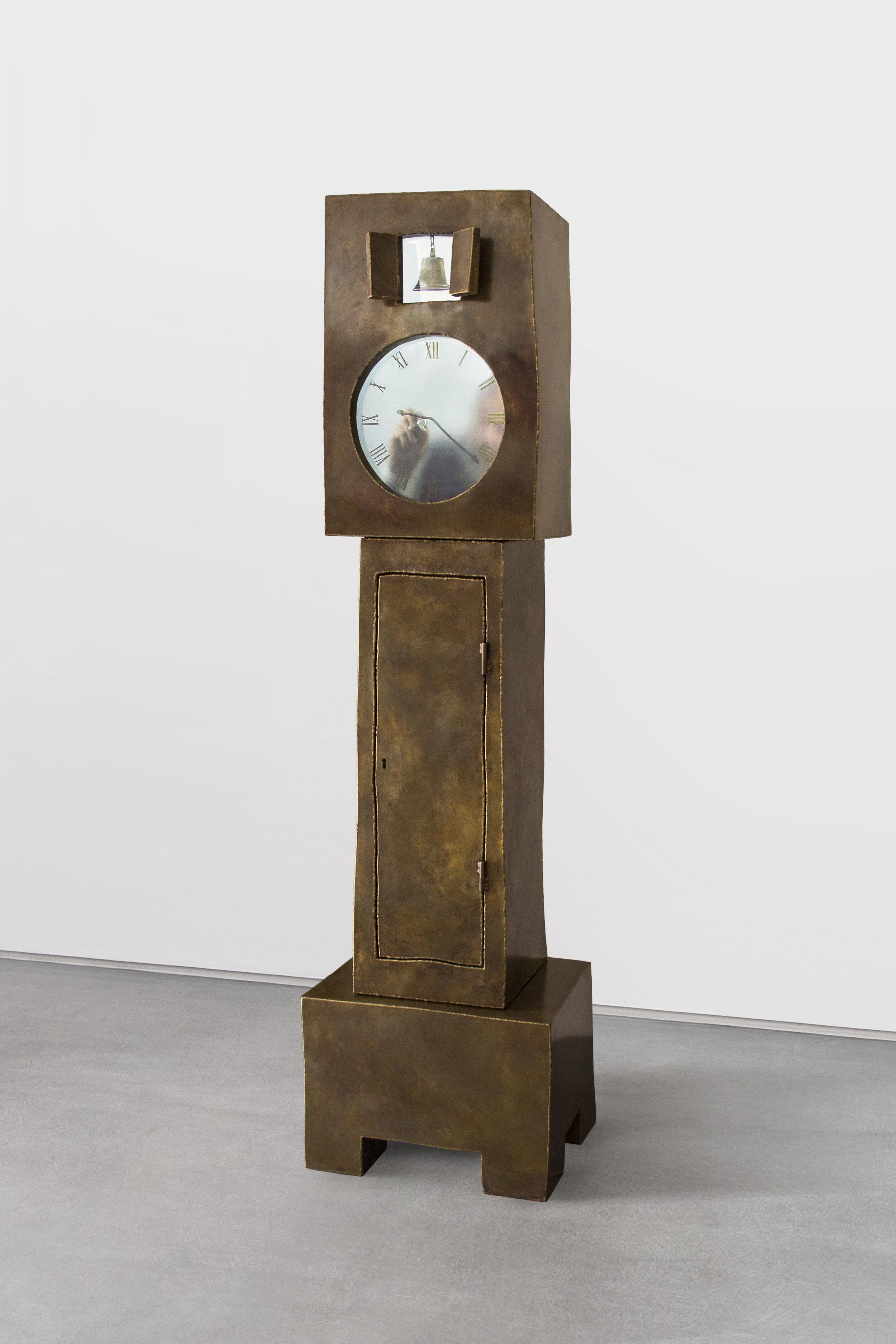 Maarten-Baas_Grandfather-Clock-Brass_2014_1.jpg