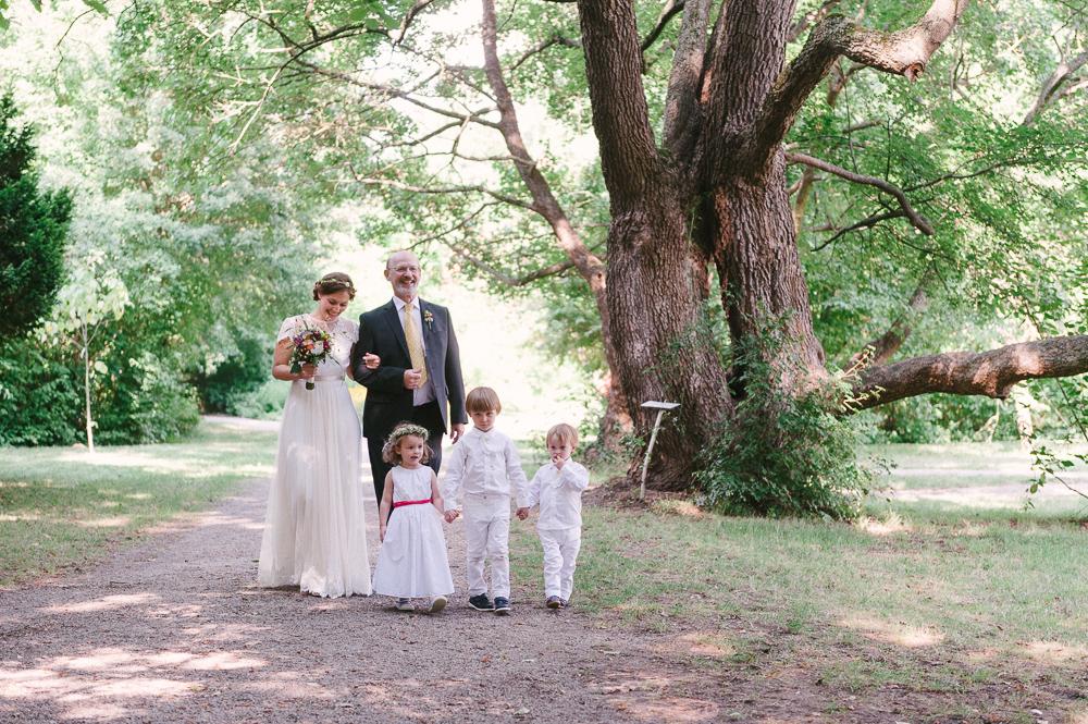 Brauteinzug durch den Schlossgarten