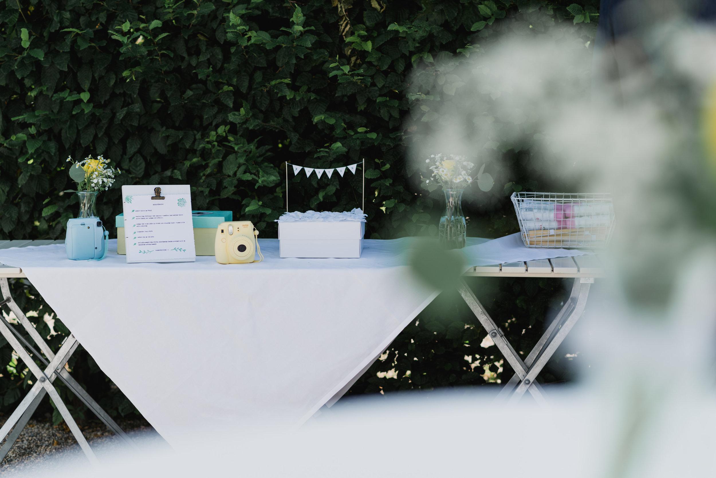 belle&sass_Hochzeit Jausenstation_0020.jpg