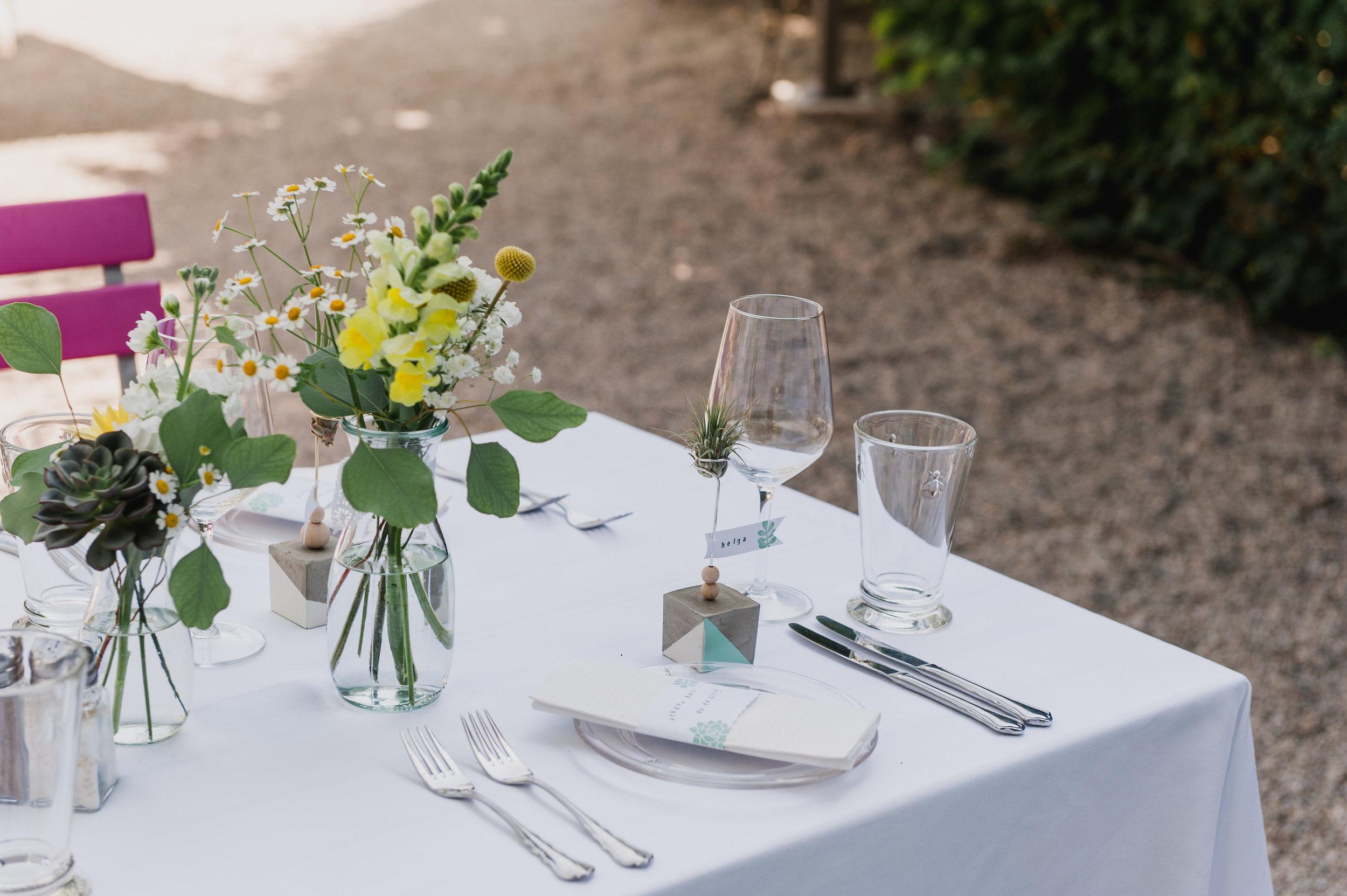 belle&sass_Hochzeit Jausenstation_0026.jpg