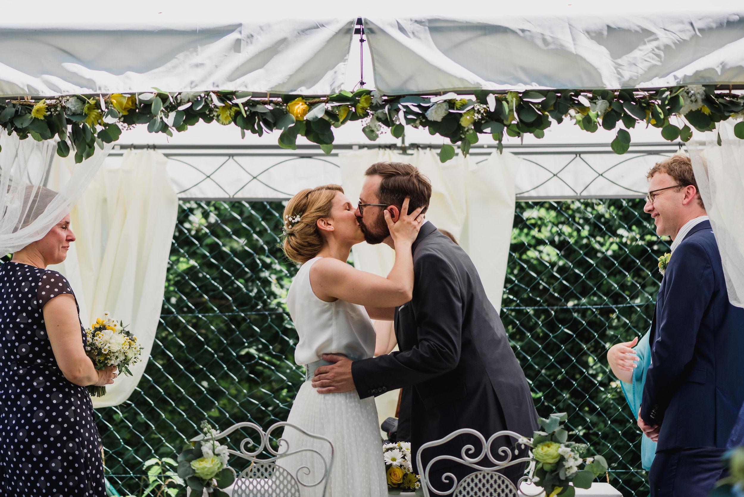 belle&sass_Hochzeit Jausenstation_0047.jpg