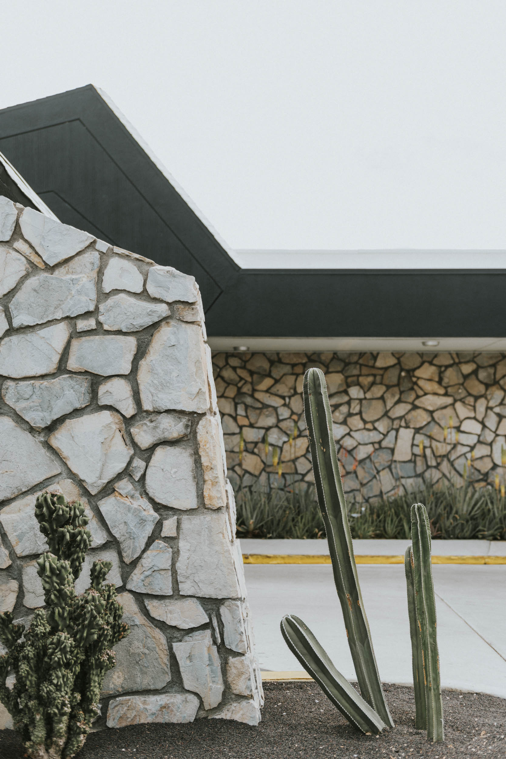 belle&sassAce Hotel Palm Springs Wedding0003.jpg