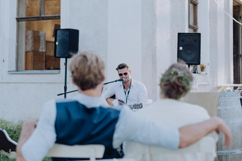 belle&sass__garden wedding in austria0022.jpg