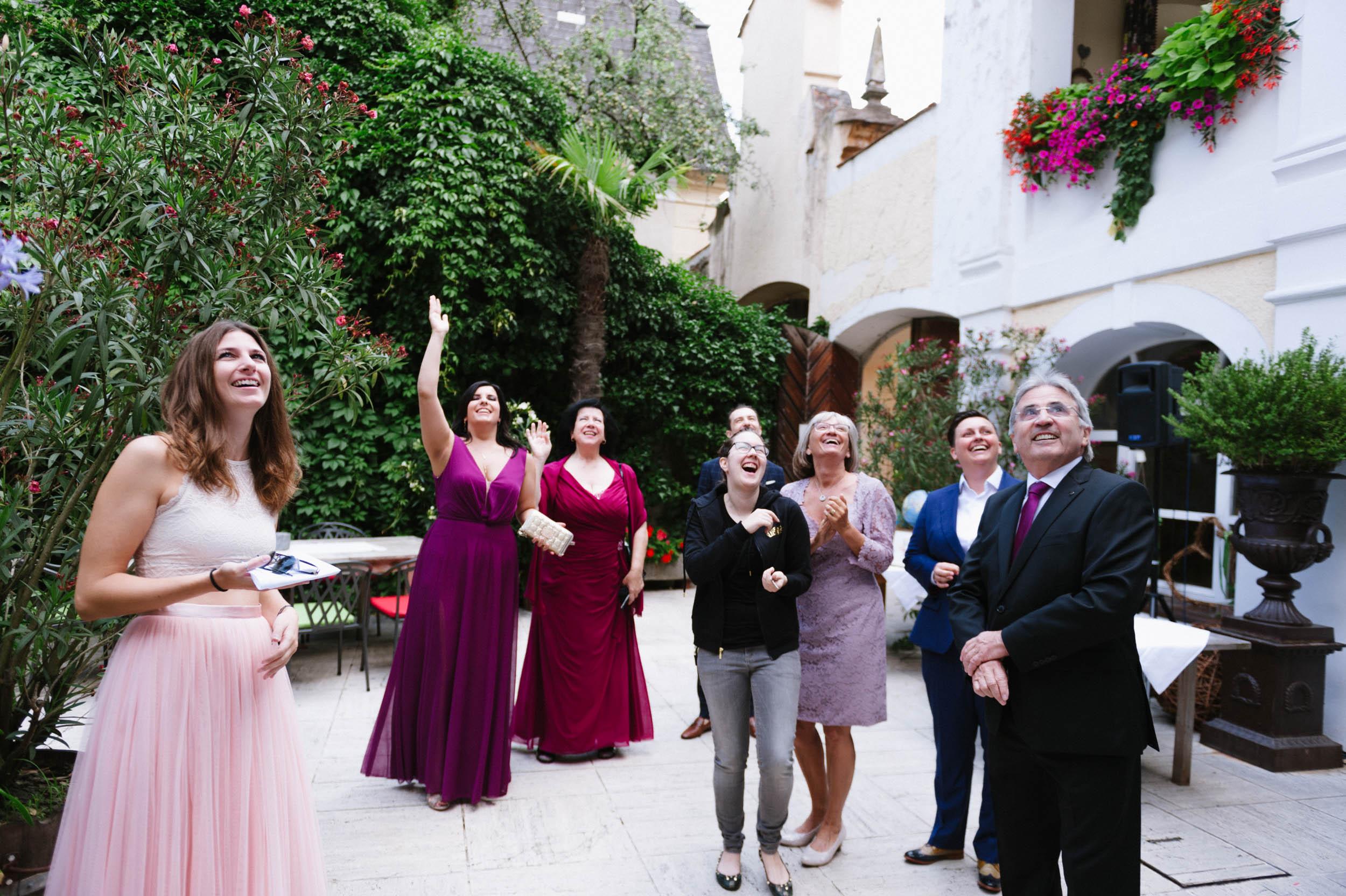 belle&sass__Hochzeit im Weingut Holzapfel_0017.jpg