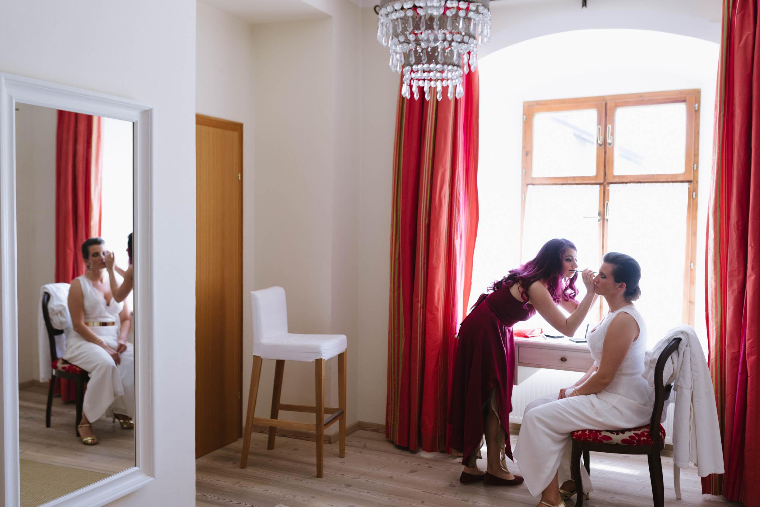 belle&sass__Lesbian Wedding in Austria_0043.jpg