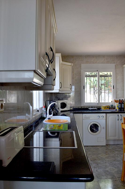 el_pescador_kitchen_2.jpg