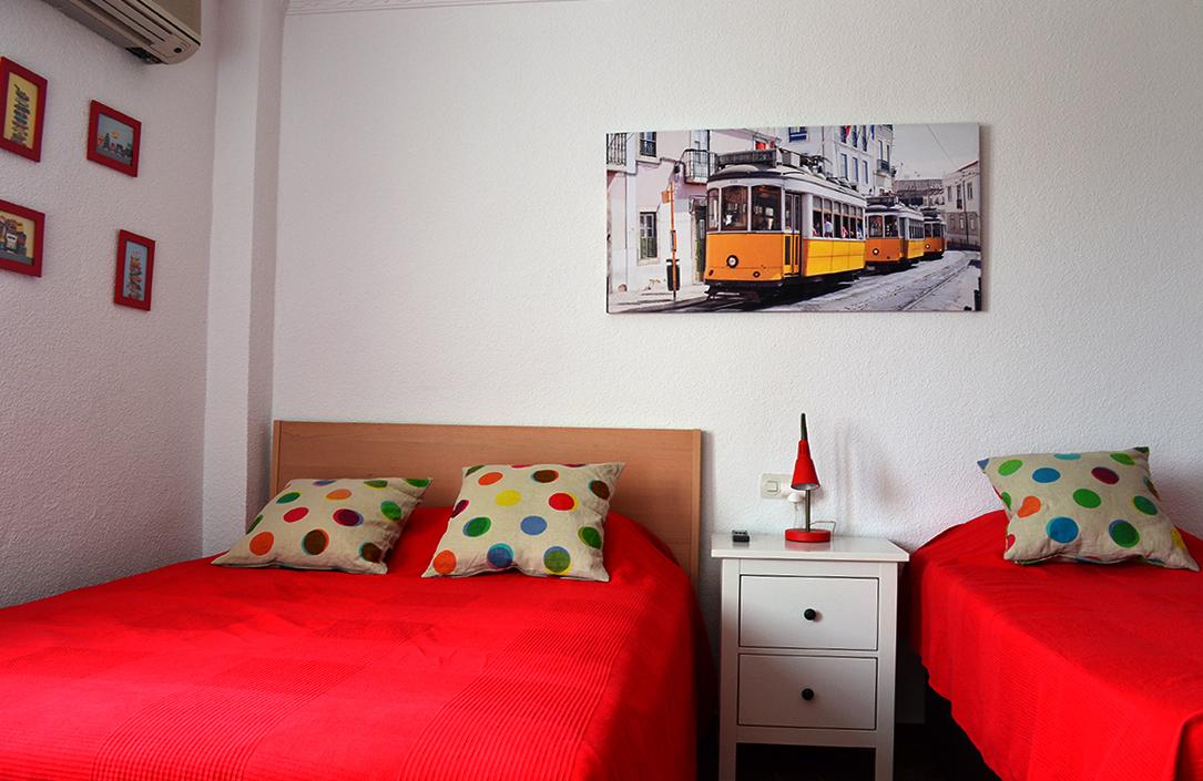 la_choza_bedroom.jpg