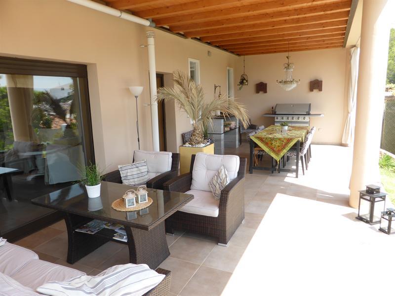 553859-17166-Salobrena-Villa_Fit_800_800.jpg
