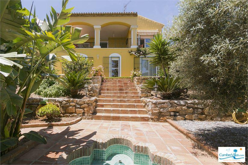 15671677-the-villa-has-2-level-plus-a-large-basement.jpg
