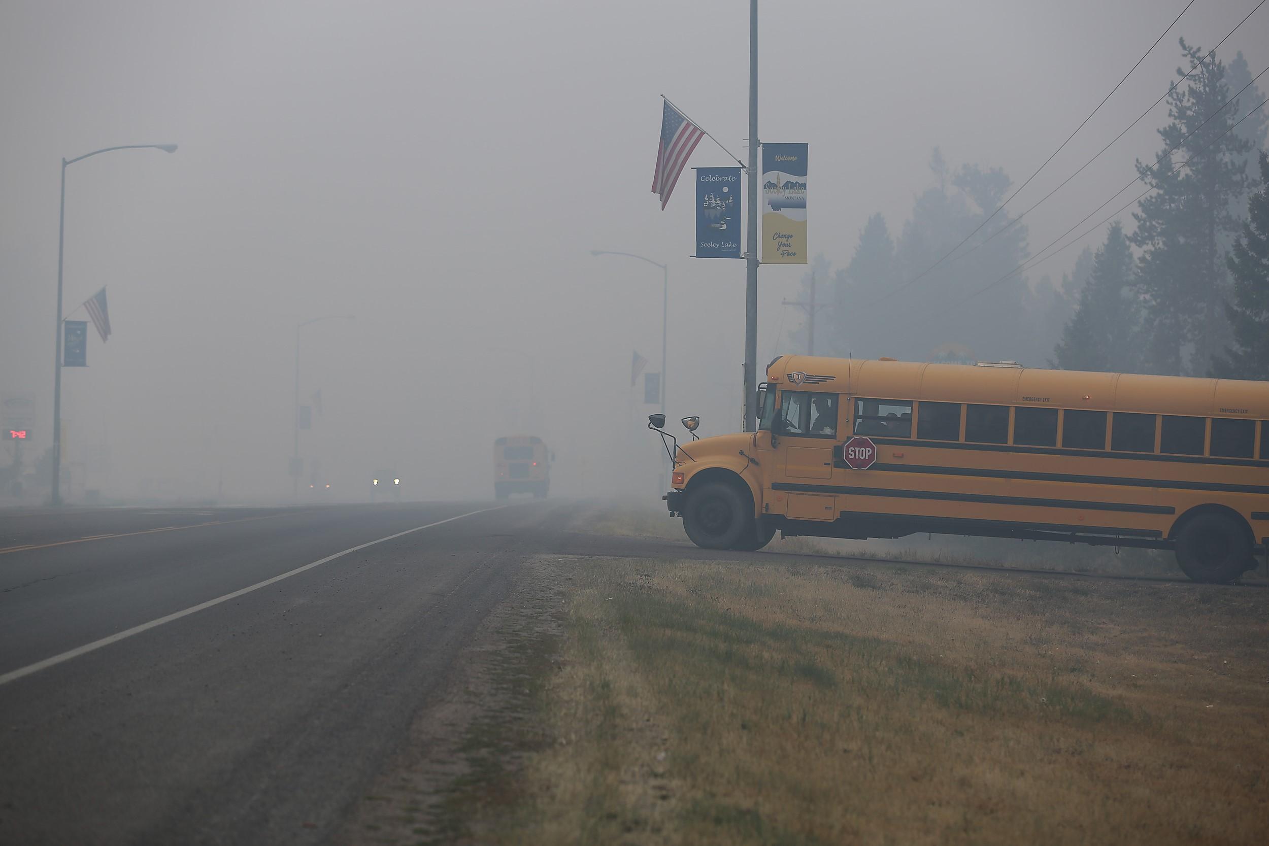 Rice Ridge Fire 2017 Pathfinder bus.jpg