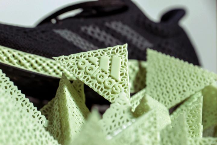 adidas-carbon-4d-pyramids4.jpg