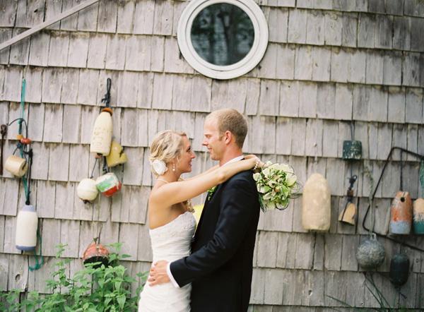 weathered-boat-house-wedding-photos-6.jpg