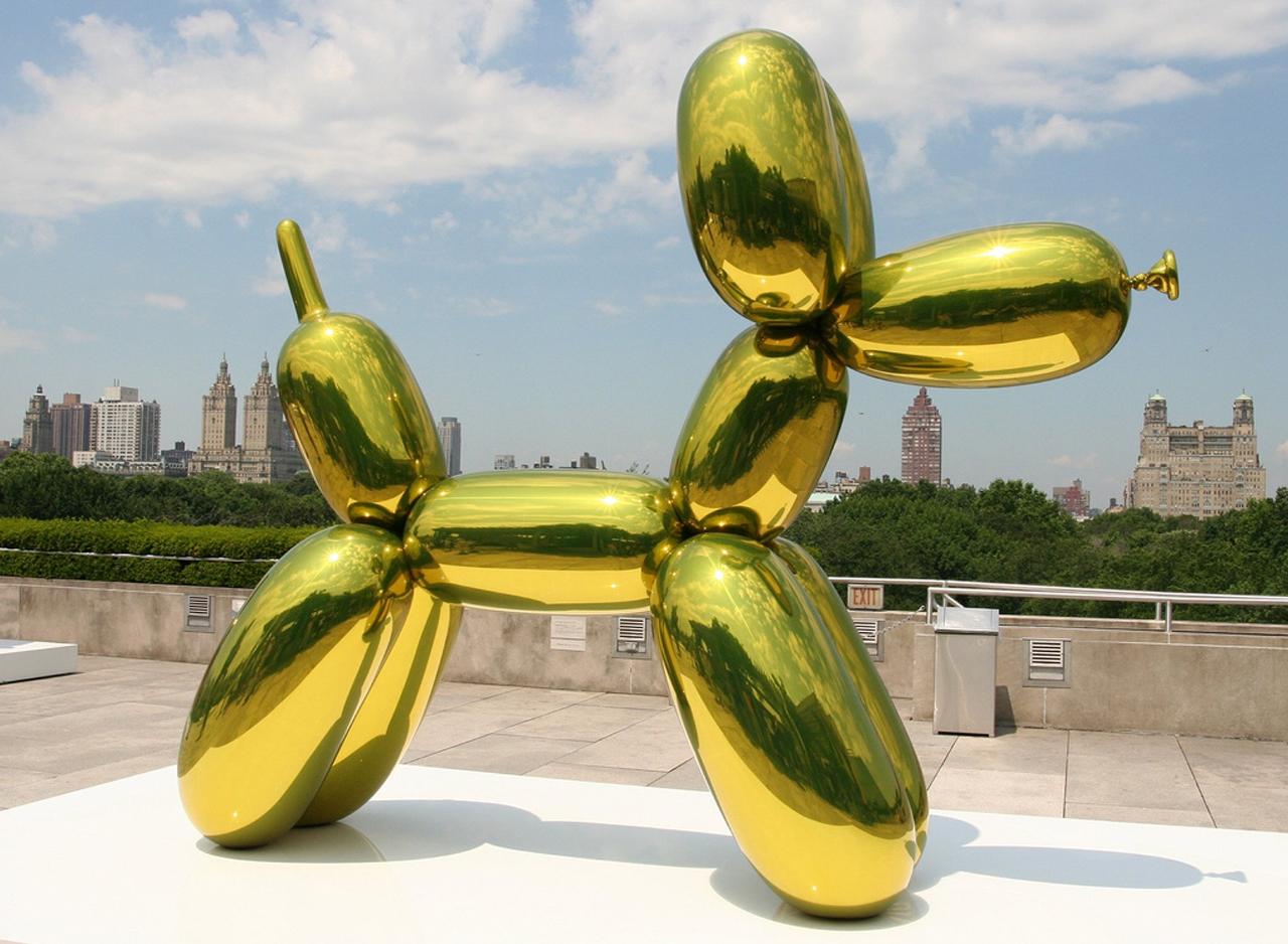 Jeff Koons    Contemporary Balloon Dog Yellow