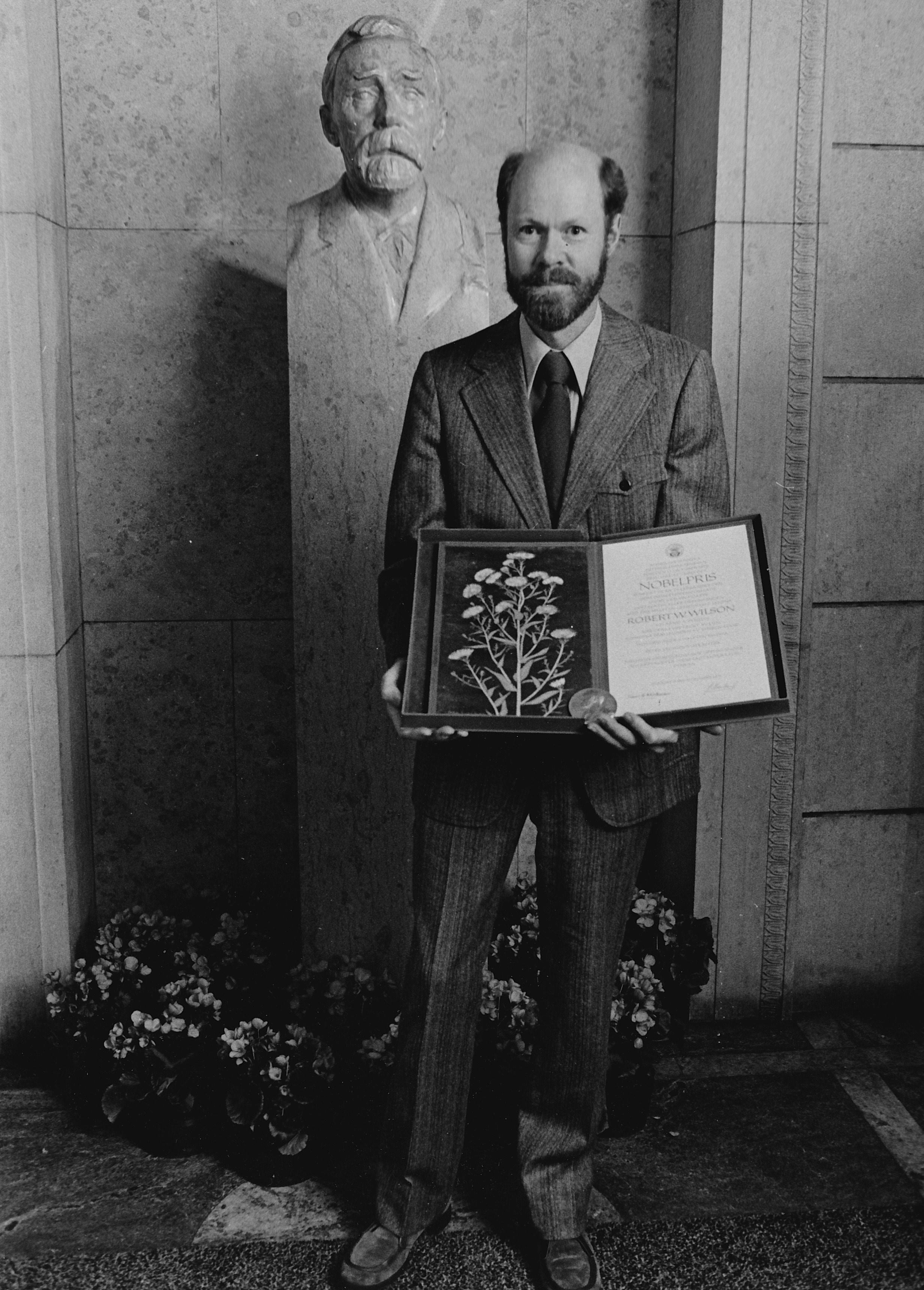 Bob Nobel Bust Diploma