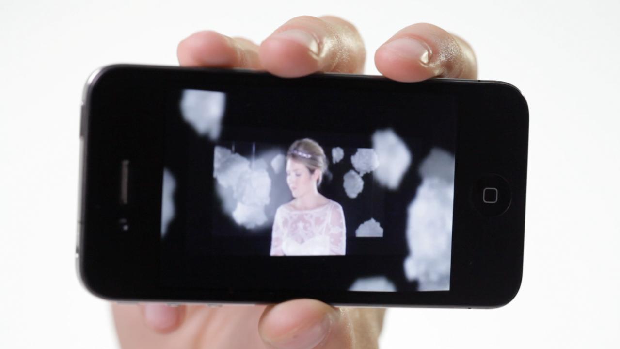 Beatie Wolfe - 2012 8ight - 3D Interactive Album App - Gyro Mode