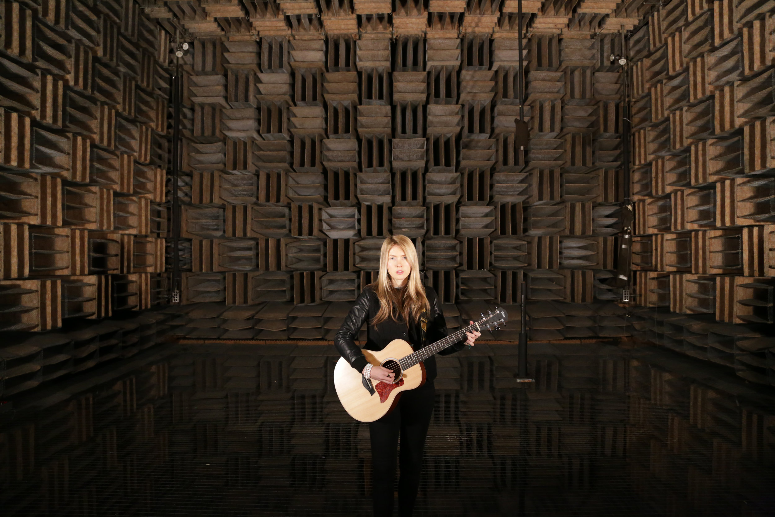 Beatie Wolfe - 2017 Raw Space - in Bell Labs Anechoic Chamber by Theo Watson (1)