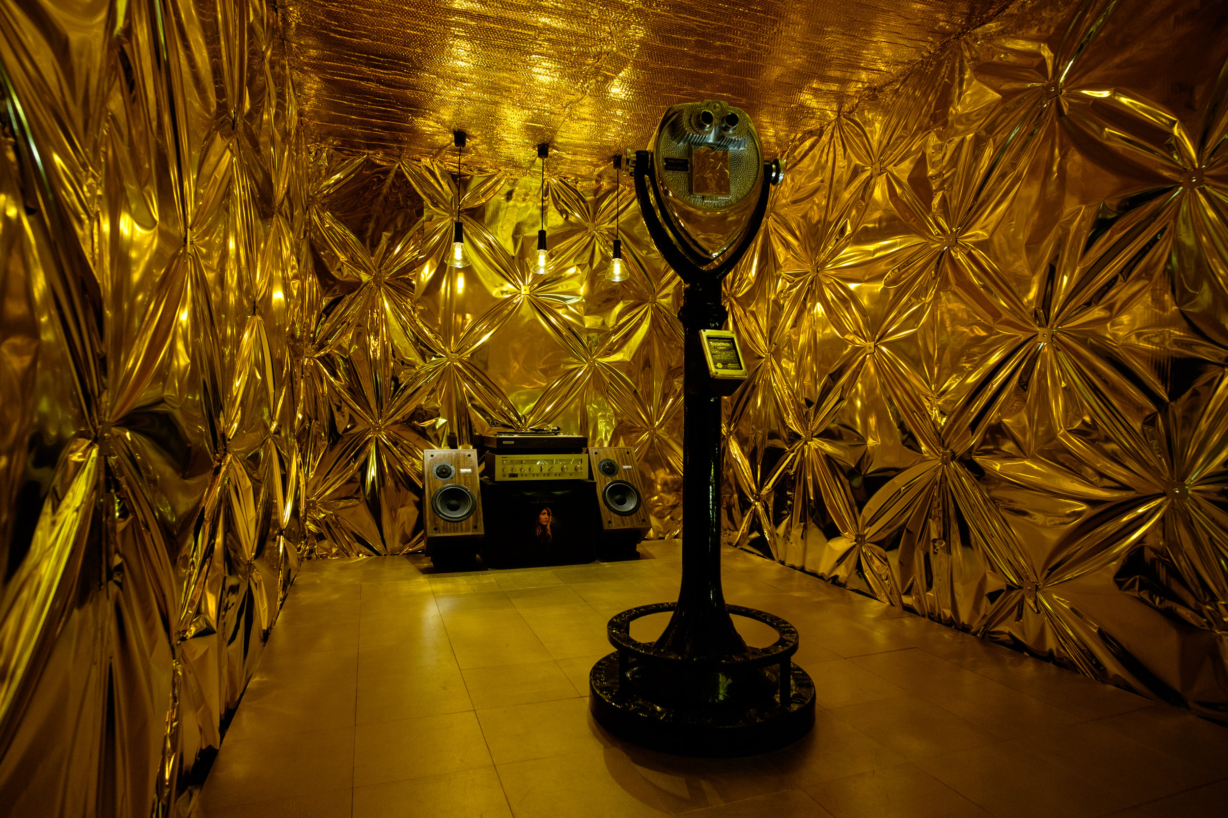 Beatie Wolfe's V&A exhibition for LDF -  Raw Space Chamber - by Dexter Robinson (2).jpg