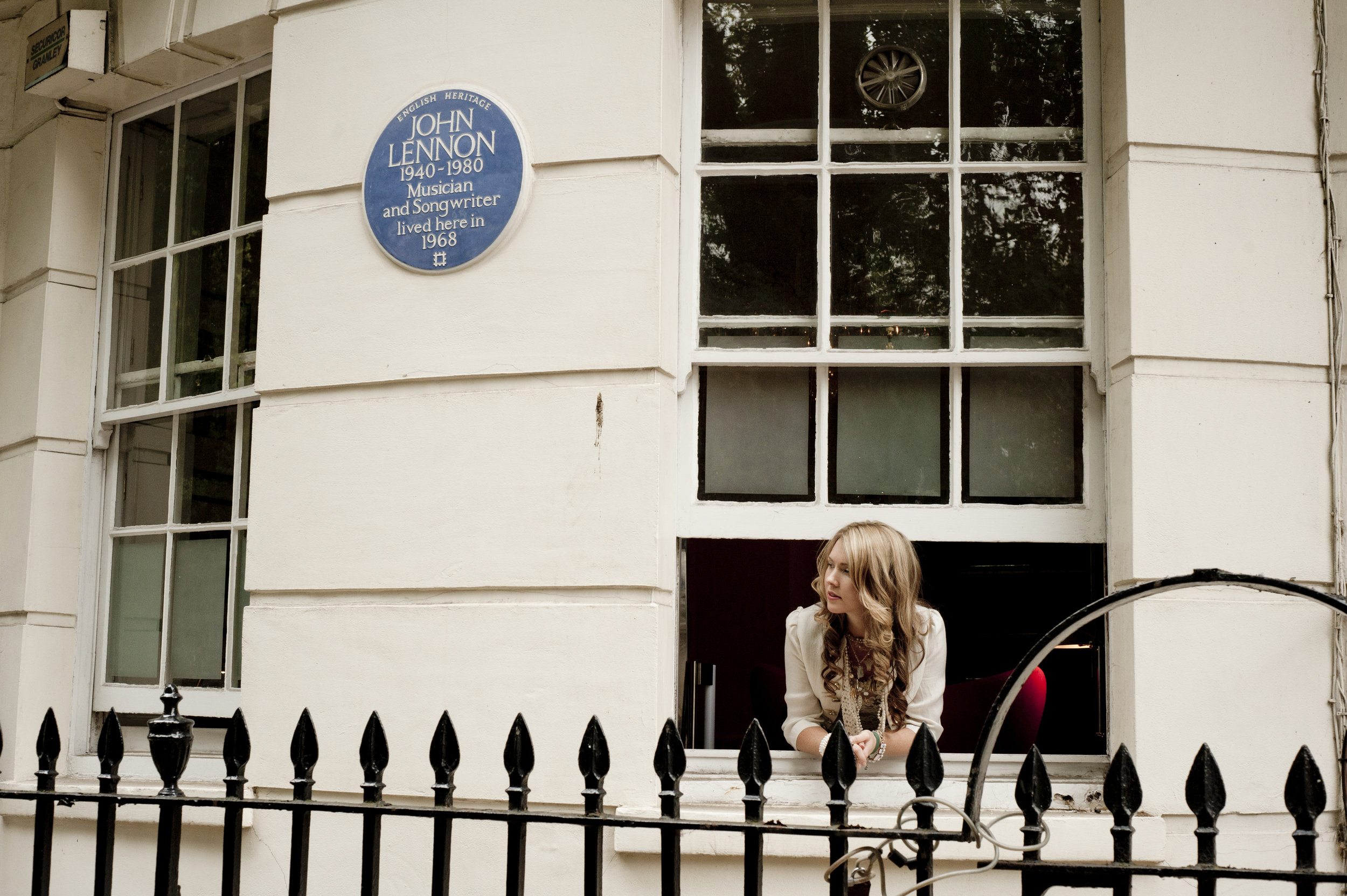 10. Beatie Wolfe - Lennon sign by Stu Nicholls.jpg