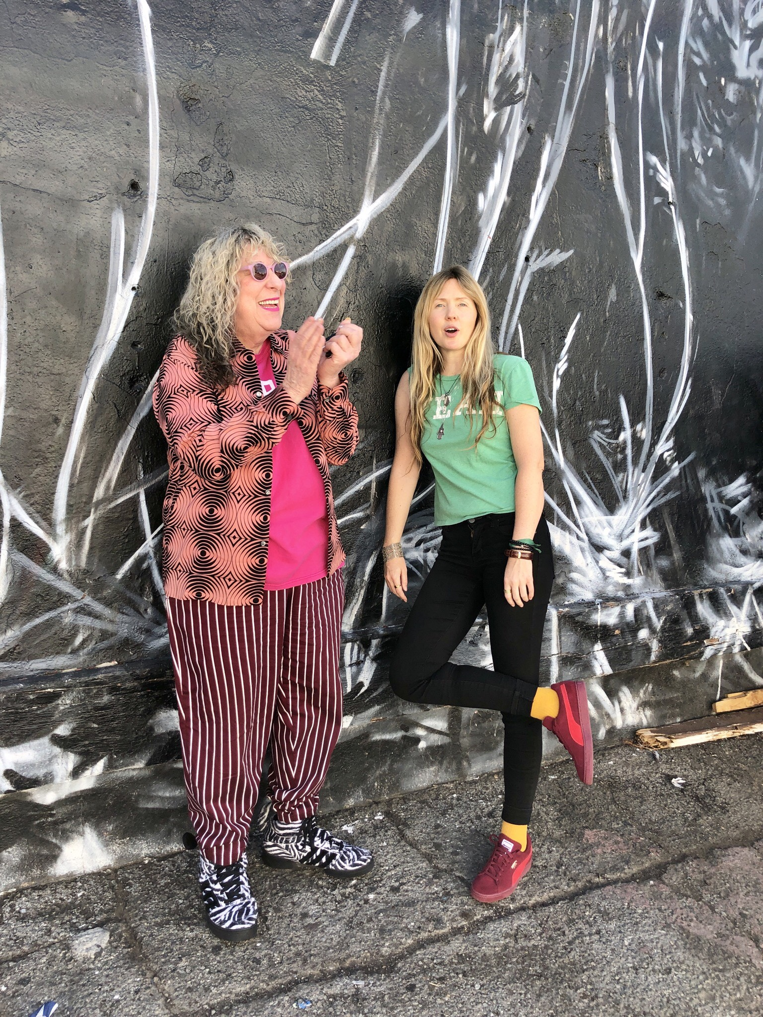 Beatie Wolfe with Allee Willis outside dublab radio after their show