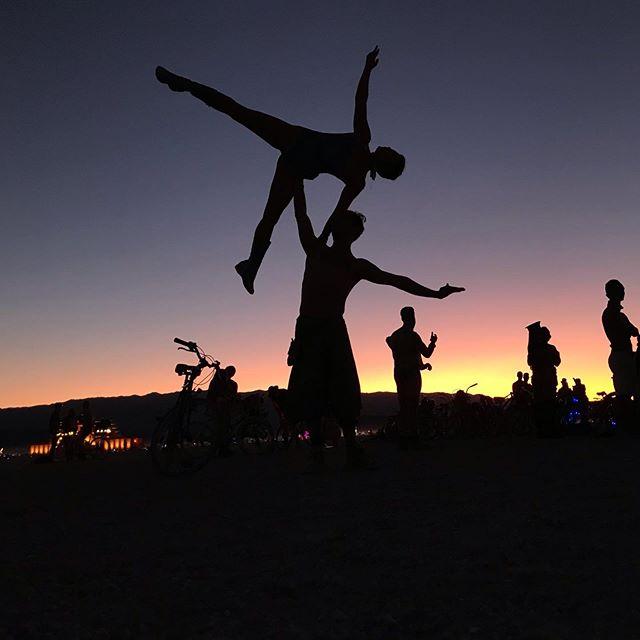 Memories of Burning Man 2019 - who wants to go back home already? . . #acro #acroyoga #standingacro #sidestar #burningman2019 #burningman #yoga #sunset #playa #playasunset