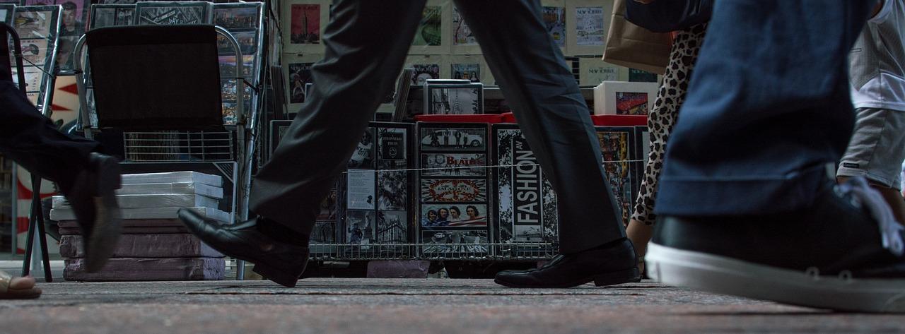 Photo cred: https://pixabay.com/en/walking-feet-people-shoes-footwear-690734/