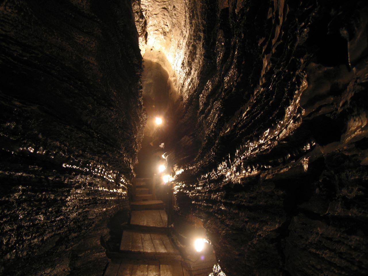 Caves3.jpg