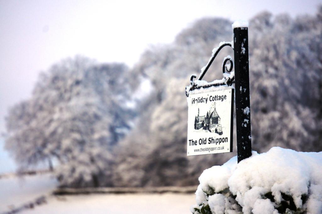 New sign in snow.jpg