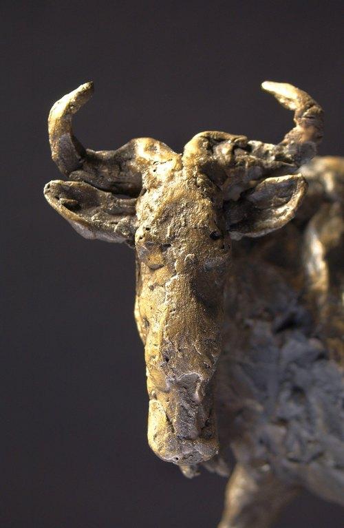 Standing wildebeest (detail)