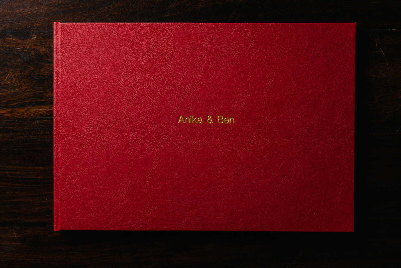 Wedding-Album-Red-0002.jpg