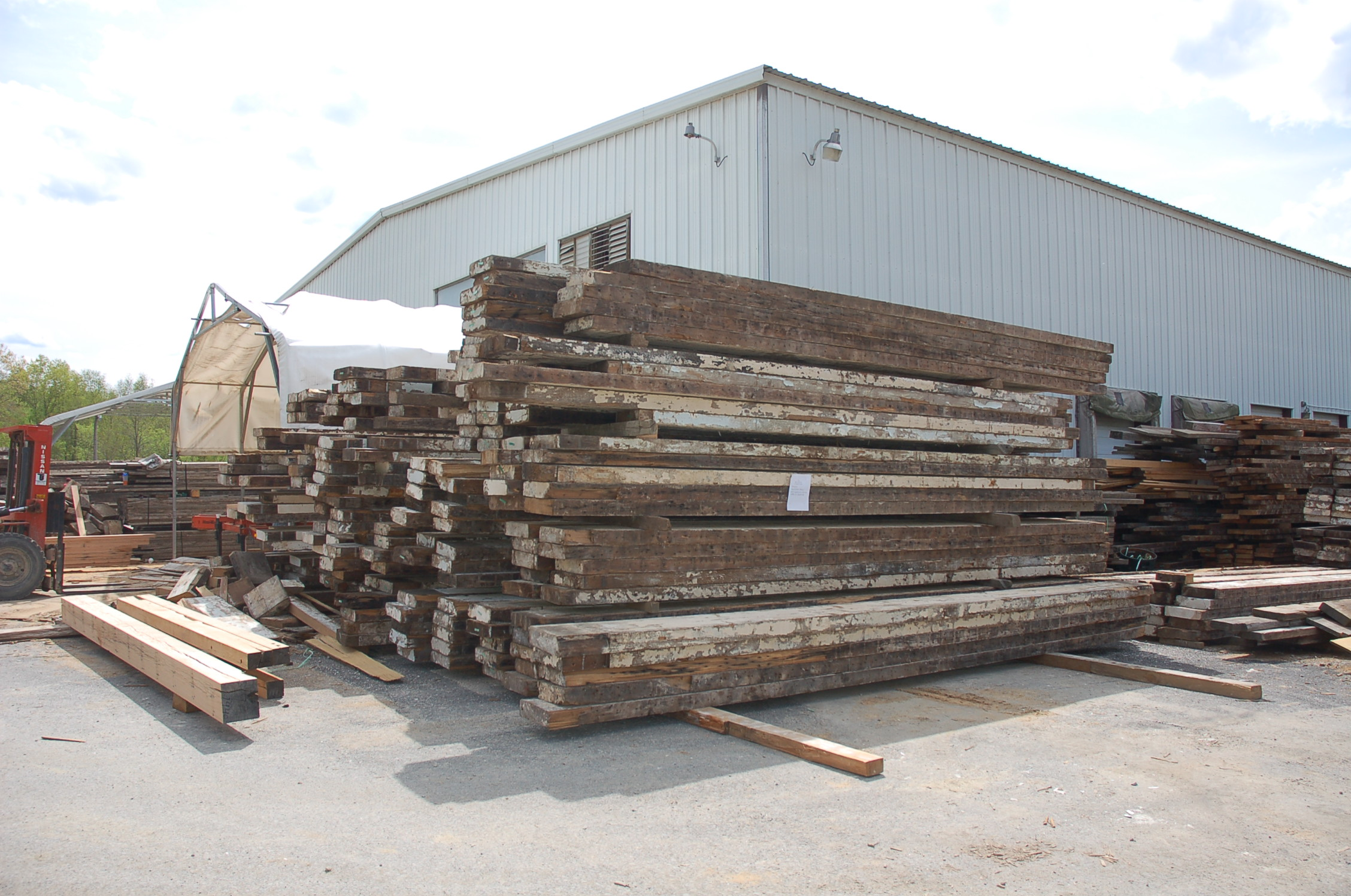 De-nailed raw material, ready for milling at The Hudson Company Mill, Pine Plains, NY.