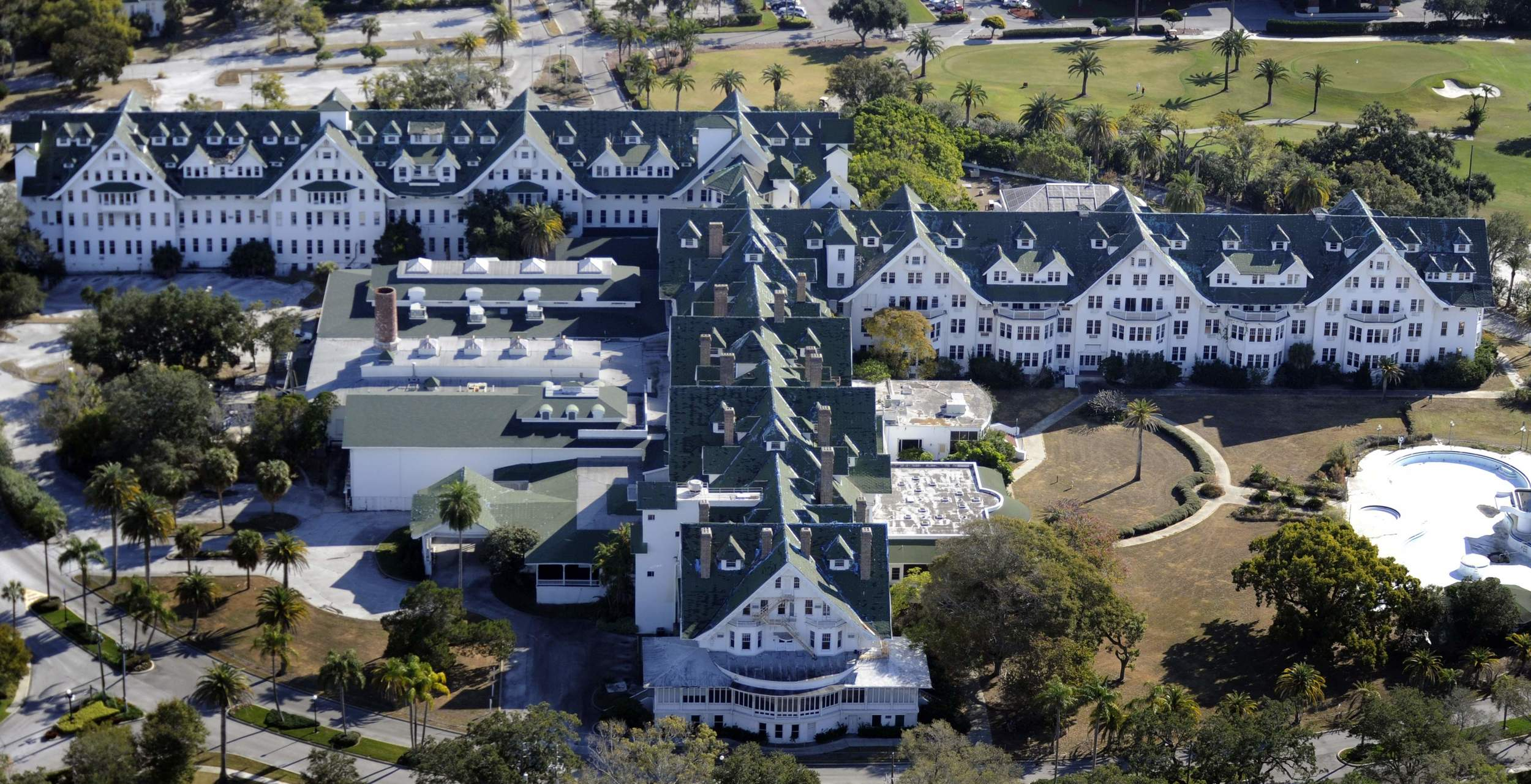 Aerial view of the Belleview-Biltmore taken after it was closed in 2009.