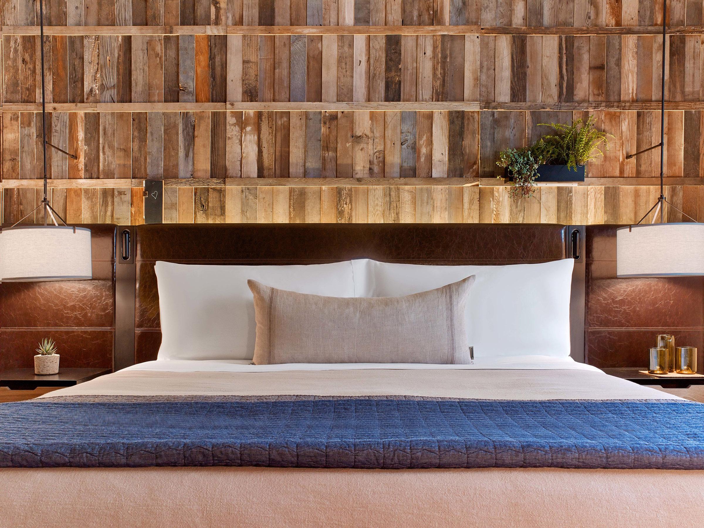 1 Hotel Bedroom.jpg