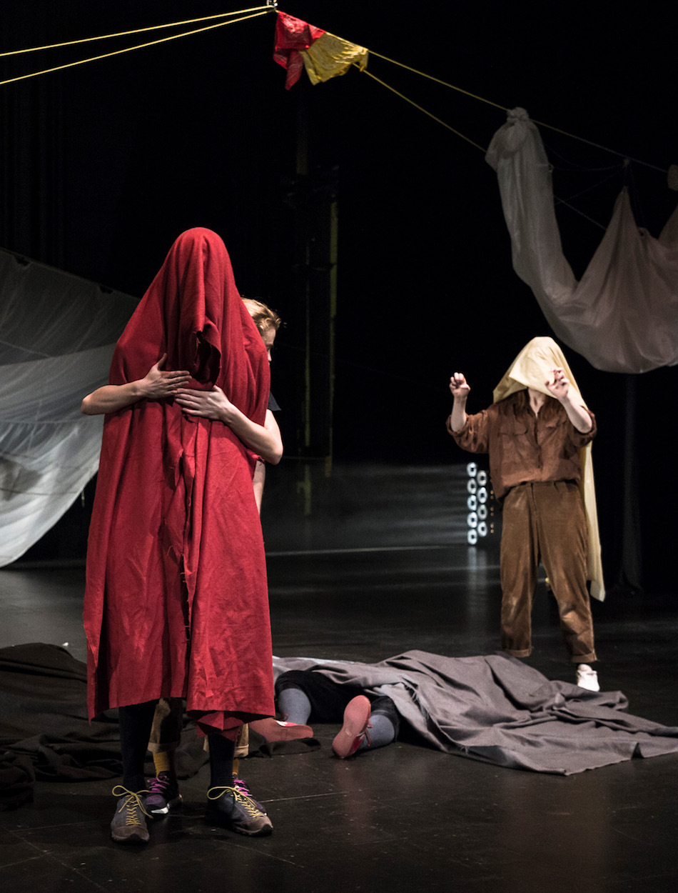 Photograph/Þjóðleikhúsið   Moving Mountains in Three Essays  is by an Icelandic performing arts group, Marble Crowd, which has enjoyed great success in Germany.