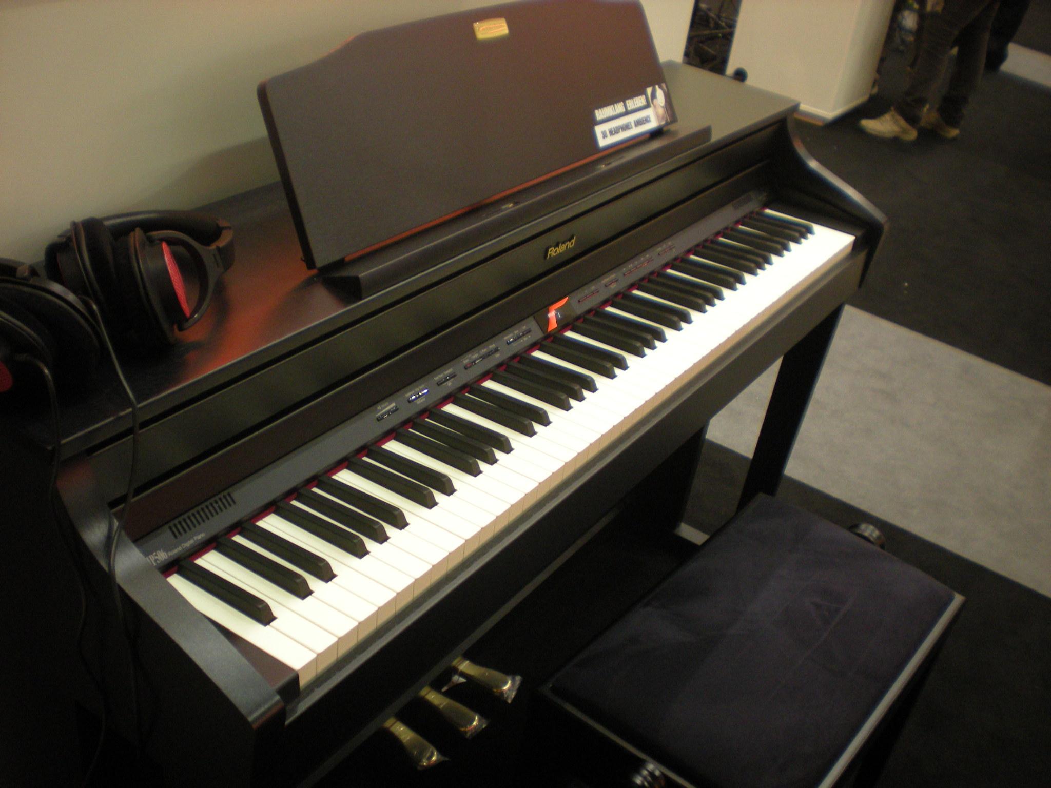 Roland HP506 (Targi Muzyczne Frankfurt 2014)