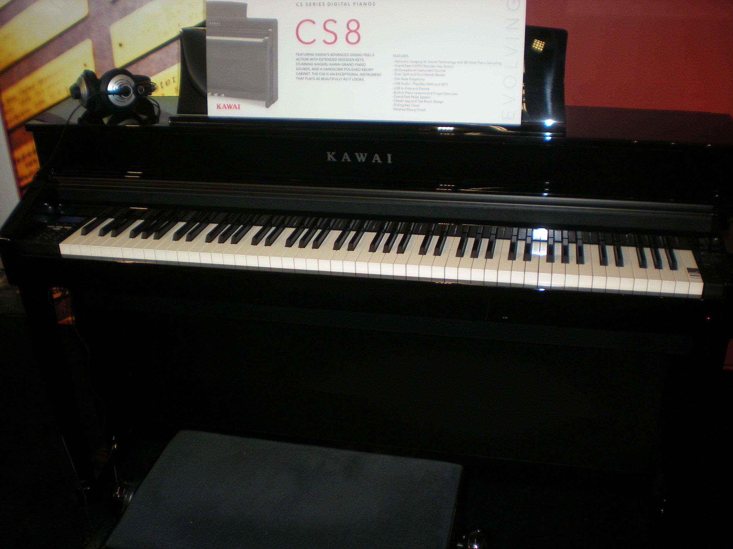 Kawai CS8