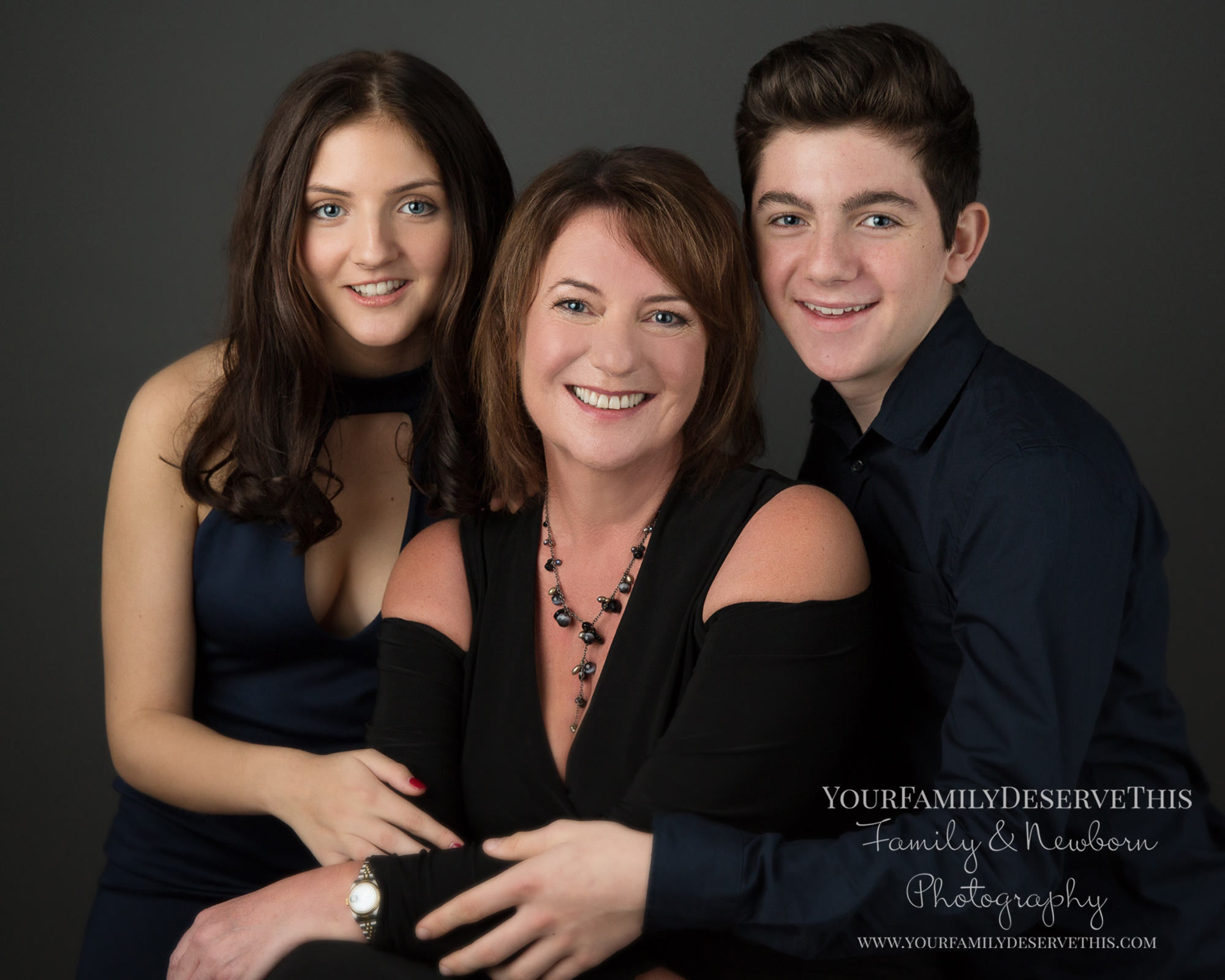 For family groups up to 8 people, a fabulous studio session to capture everyone at their best and create great memories to treasure forever.
