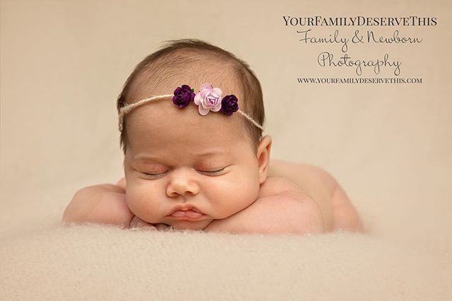 The final image from the time lapse in previous post. Mia is gorgeous!  #newborn #newbornphotography #babyboy #newbornphotographer #babygirl #pregnant #pregnancy #newmom #newbaby #maternity #newbornbaby #babyphotography #babies #instababy #babylove #birth #motherhood #breastfeeding #infant #bebe #новорожденный #babyphotographer #babybump #maternidade #mommy #newbornposing #newbornphoto #cutebaby #babyshower #babiesofinstagram