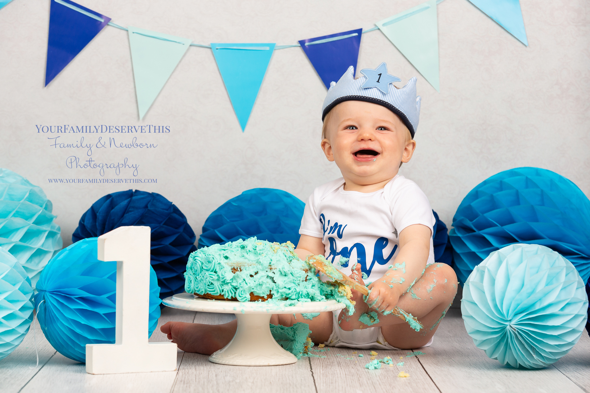 Mum chose an 'I'm One' body suit and a soft number 1 crown for little Theo to wear for his cake smash.