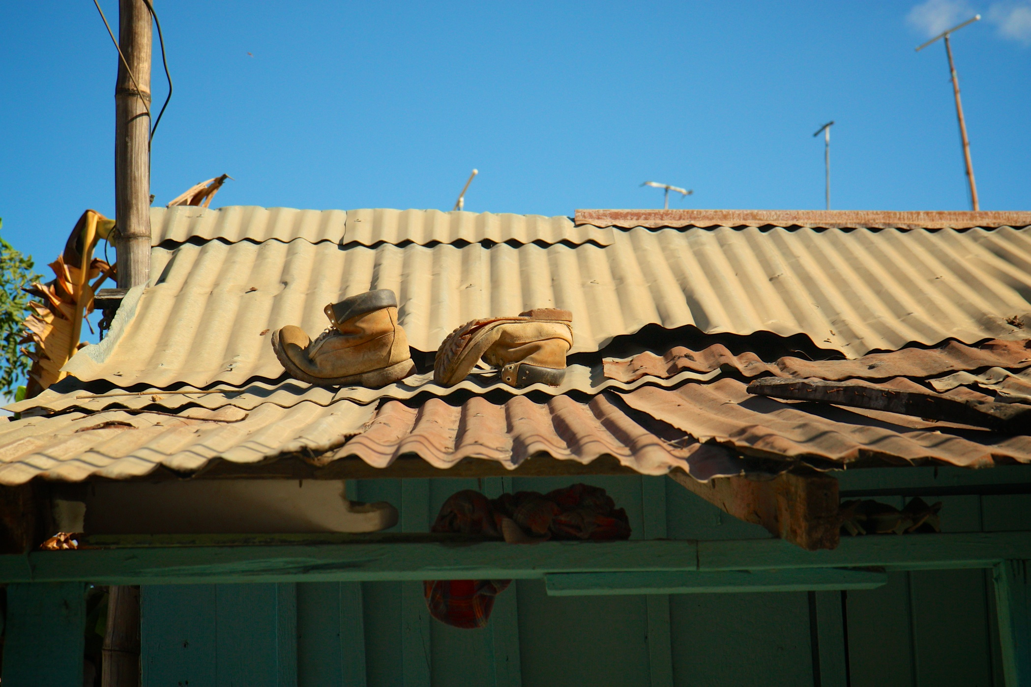 boots-on-a-roof_8553293784_o.jpg